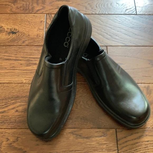 Ecco men's slip on loafers NWT Size 12 (46 eu)